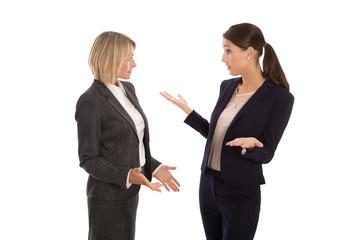 Streit oder Konflikt unter Frauen im Büro bzw. in der Arbeit