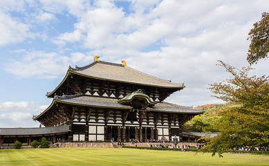 Todai-ji temple in Nara, the largest wooden building in the worl