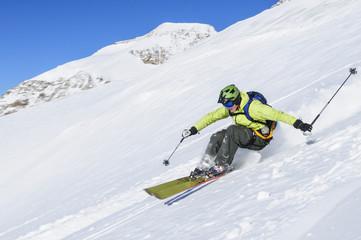verwegener Skifahrer