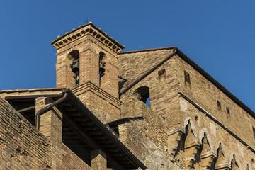 Campanile romanico medioevale