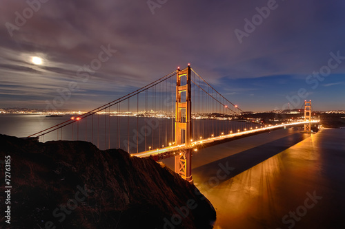 Golden Gate Bridge in San Fracisco City © kropic