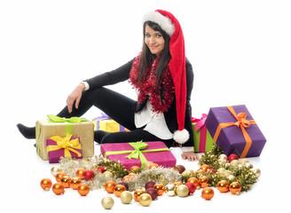 Weihnachtsmädchen mit Geschenke