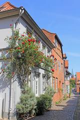 Lüneburg: Gasse in der Altstadt (Niedersachsen)