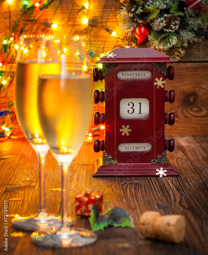 canvas print picture calendar, December 31, glasses with champagne