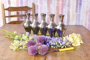 How to make floral arrangement in silver vase