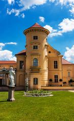 Schloss Rheinsberg, malerische Lage, Architektur und Kunst