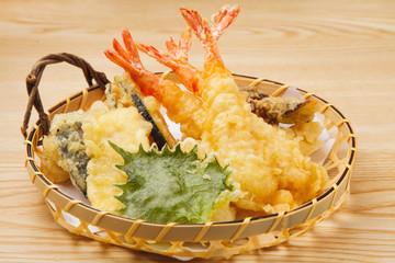 天ぷらの盛り合せ