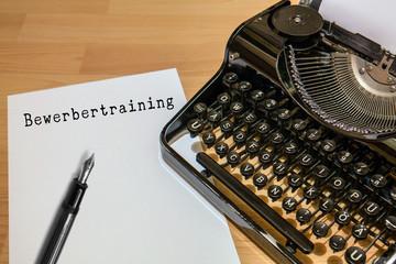 Antike Schreibmaschine, Training