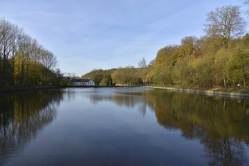 L'étang des pêcheurs à l'abbaye du Rouge-Cloître