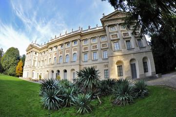 Milano Villa Reale - giardini di via Palestro