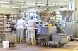 Lebensmittelindustrie - Wurstherstellung // Food Industry - 72874736