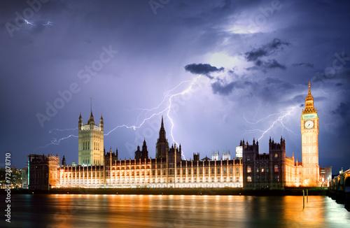 Fototapeta London at strom
