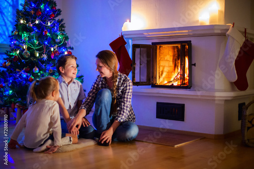 canvas print picture Family at home on Christmas eve