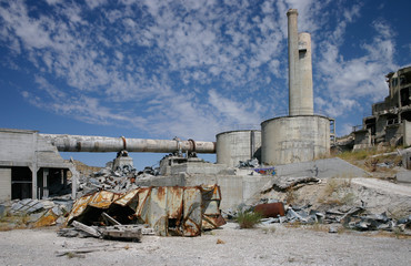 Abandoned cement plant in Lime Oregon