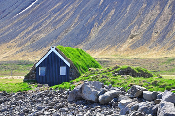 Traditional icelandic cabin