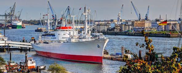 Hamburger Hafenbild.