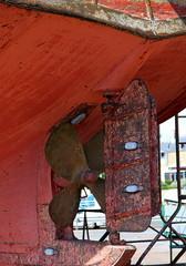 L'hélice du bateau de pêche en zone de réparation.