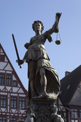 Justitia am Frankfurter Römerberg