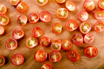 Cut into halves tomatoes