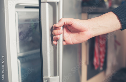 Hand opening freezer door - 72943110