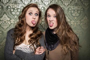 total freche Schwestern