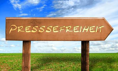 Strassenschild 30 - Pressefreiheit