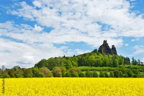 Trosky castle, Bohemian Paradise region, Czech republic, Europe - 72971150