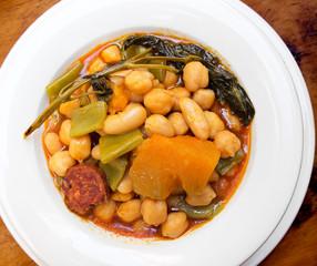 Berza Gaditana stew (Cadiz Cabbage).