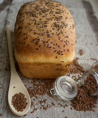 bread with flax seed