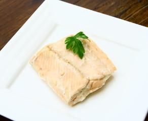 pavé de saumon cuit rose,isolé,ingrédient