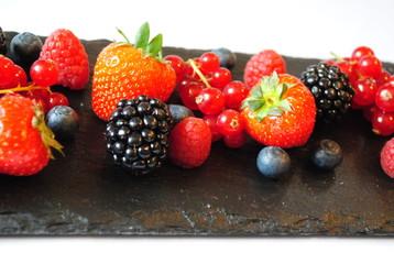ягоды крупно