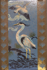 vintage rusty heron bird themed tin