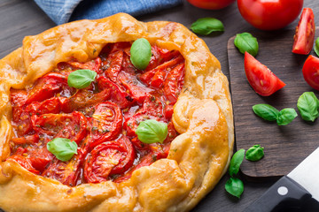 Galette with tomato and basil
