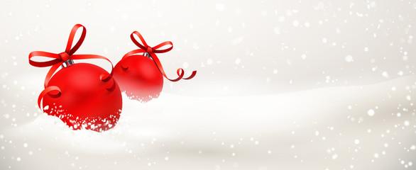 Verschneite Weihnachtskugeln