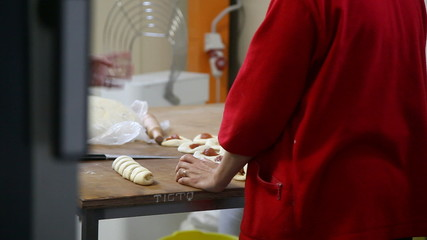 chef prepares buns