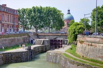 quais de la garonne à Toulouse