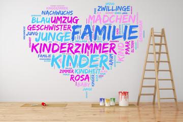 Familie malt Herz an Wand im Kinderzimmer