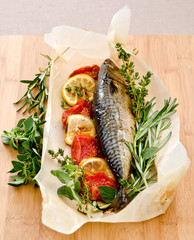 Mackerel baked with herbs and tomato