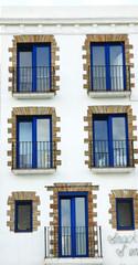 Fachada de un edificio en Cadaqués, Girona