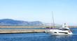 Leinwanddruck Bild - Entrando en los canales de Empuriabrava, Girona