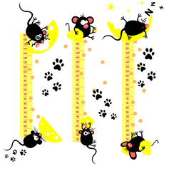 Baby height measure with funny mice (vector in original proporti