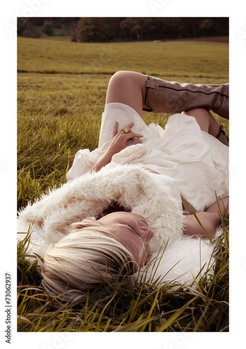 canvas print picture Entspannte Braut