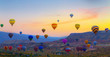 Leinwanddruck Bild - Hot air balloons sunset