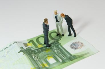 3 Hommes sur un billet de 100 euros