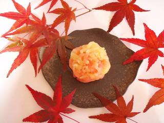 秋の和菓子  錦の山