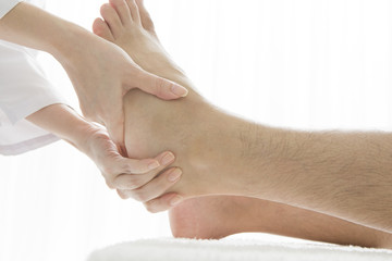 Heel of massage