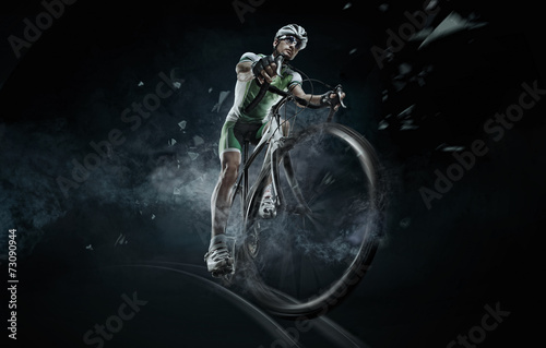 Aluminium Wielersport Sport. Isolated athlete cyclists