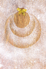 image of the ball, made with flour on the table