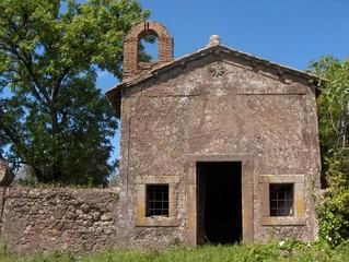Chiesa sconsacrata abbandonata
