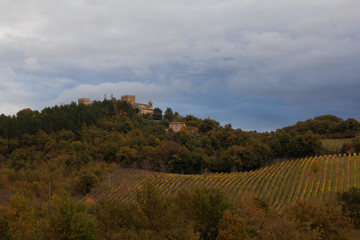 Castello nelle colline marchigiane